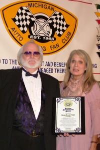 DSCF0497.jpg - Special Appreciation Award - Elaine Bogusz-Yagerweb